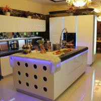 Купить красивую кухню в Китае