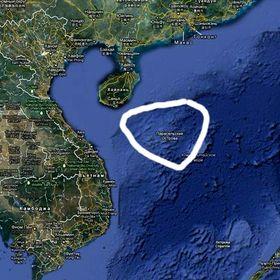 Китай направляет туристов на Парасельские острова, Вьетнам протестует