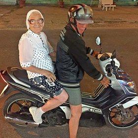 На пенсию красноярская туристка путешествует по миру