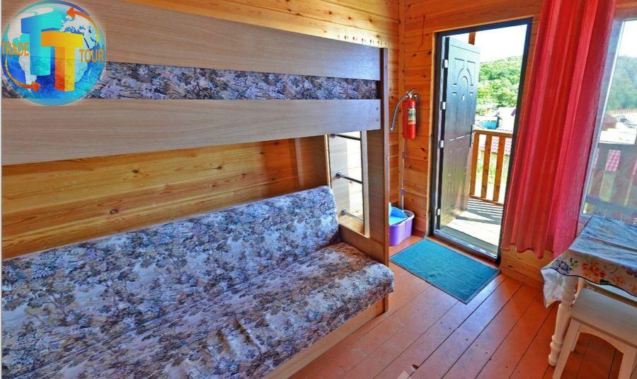 «Летний дом с балконом»