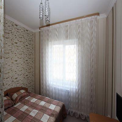 Гостиница «Санрайс» номера «Стандарт» с одной двуспальной кроватью