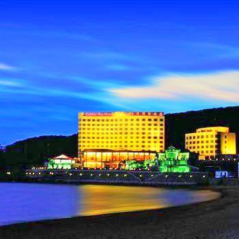Golden Bay Hotel 5*